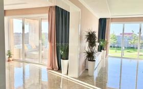5-комнатный дом, 300 м², 10 сот., Жибек жолы — 6-й микрорайон за 95 млн 〒 в Нур-Султане (Астана)