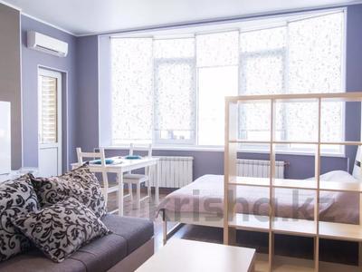 1-комнатная квартира, 37 м², 4/12 этаж посуточно, Кунаева 38 за 11 000 〒 в Шымкенте, Аль-Фарабийский р-н — фото 3