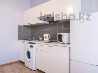 1-комнатная квартира, 37 м², 4/12 этаж посуточно, Кунаева 38 за 11 000 〒 в Шымкенте, Аль-Фарабийский р-н — фото 13