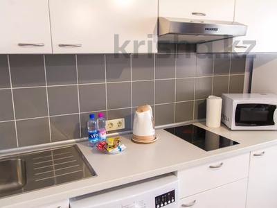 1-комнатная квартира, 37 м², 4/12 этаж посуточно, Кунаева 38 за 11 000 〒 в Шымкенте, Аль-Фарабийский р-н — фото 16