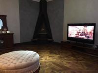10-комнатный дом помесячно, 1000 м², 20 сот.