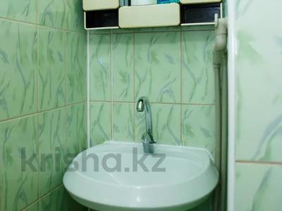 1-комнатная квартира, 31 м² посуточно, мкр Казахфильм 5 за 7 497 〒 в Алматы, Бостандыкский р-н — фото 9