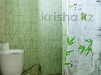1-комнатная квартира, 31 м² посуточно, мкр Казахфильм 5 за 7 497 〒 в Алматы, Бостандыкский р-н — фото 10