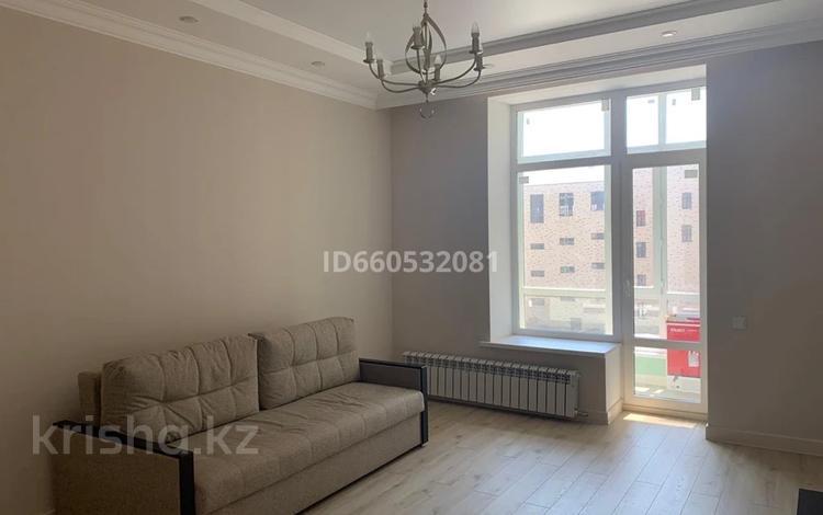 1-комнатная квартира, 55 м², 4/9 этаж помесячно, Е489 6 за 100 000 〒 в Нур-Султане (Астана), Есиль р-н