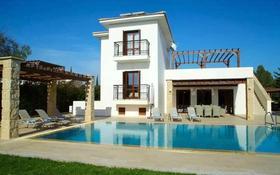 5-комнатный дом, 235 м², 14 сот., Aphrodite Hills , Пафос за 396 млн 〒