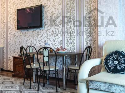 1-комнатная квартира, 60 м², 38/41 этаж посуточно, Достык 5/1 — Сауран за 10 000 〒 в Нур-Султане (Астана) — фото 5