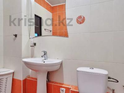 1-комнатная квартира, 60 м², 38/41 этаж посуточно, Достык 5/1 — Сауран за 10 000 〒 в Нур-Султане (Астана) — фото 19
