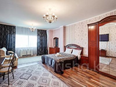 1-комнатная квартира, 60 м², 38/41 этаж посуточно, Достык 5/1 — Сауран за 10 000 〒 в Нур-Султане (Астана) — фото 3