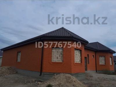 6-комнатный дом, 220 м², 8 сот., мкр Самал, 28-й мкр 29 за 30 млн 〒 в Атырау, мкр Самал — фото 5