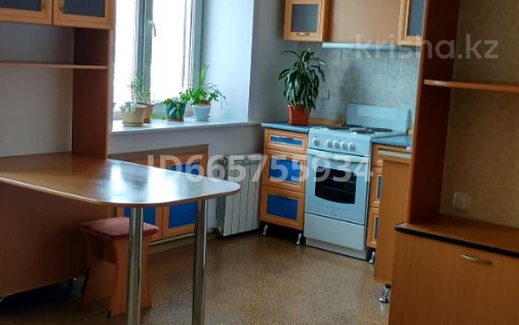 2-комнатная квартира, 45 м², 5/5 этаж, Косарева 31 за 11.5 млн 〒 в Усть-Каменогорске