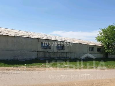 Здание, площадью 1873.8 м², Айнакол за ~ 14.8 млн 〒 в Щучинске — фото 3