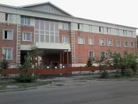 Здание, площадью 5500 м²