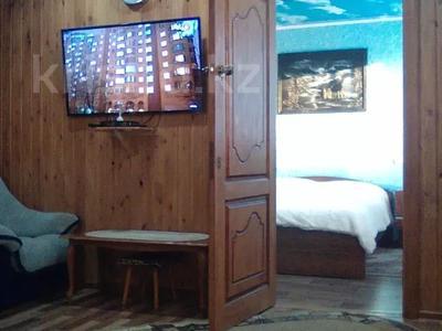 2-комнатный дом, 68 м², 10 сот., Михалковича 24 за 5 млн 〒 в Усть-Каменогорске