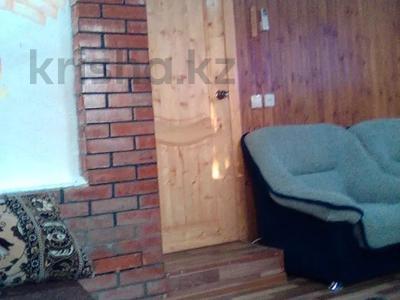 2-комнатный дом, 68 м², 10 сот., Михалковича 24 за 5 млн 〒 в Усть-Каменогорске — фото 11