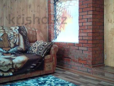 2-комнатный дом, 68 м², 10 сот., Михалковича 24 за 5 млн 〒 в Усть-Каменогорске — фото 2