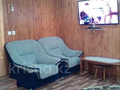 2-комнатный дом, 68 м², 10 сот., Михалковича 24 за 5 млн 〒 в Усть-Каменогорске — фото 7