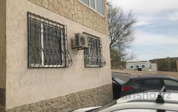1-комнатная квартира, 50 м², 1/5 этаж, 15-й мкр, 15 мкр за ~ 10.5 млн 〒 в Актау, 15-й мкр