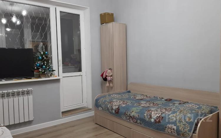 1-комнатная квартира, 38 м², 5/5 этаж, Аксай-4 — Бауыржана Момышулы- за ~ 16.4 млн 〒 в Алматы, Ауэзовский р-н