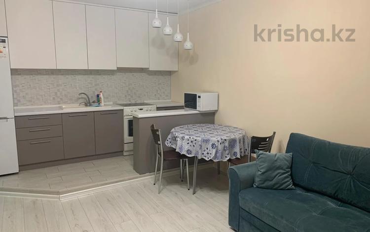 2-комнатная квартира, 50 м² помесячно, Отырар 18 за 120 000 〒 в Нур-Султане (Астана), р-н Байконур