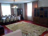 5-комнатный дом помесячно, 450 м²