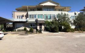 4-комнатная квартира, 388.8 м², 3/3 этаж, 1-й микрорайон 22 за 61.5 млн 〒 в Актау