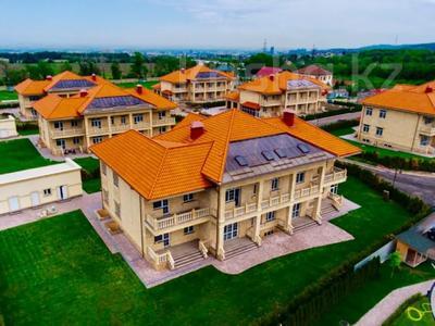 8-комнатный дом, 1100 м², 30 сот., Дулати Мухаммеда Хайдар (Безымянная) за 636.9 млн 〒 в Алматы, Бостандыкский р-н