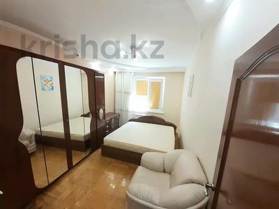 3-комнатная квартира, 70 м², 9/12 этаж помесячно, мкр Самал-2 88 за 200 000 〒 в Алматы, Медеуский р-н — фото 7