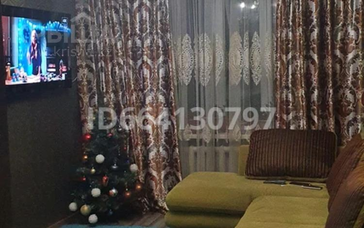 3-комнатная квартира, 54 м², 1/2 этаж, Жаугаш батыра за ~ 8.2 млн 〒 в Таразе