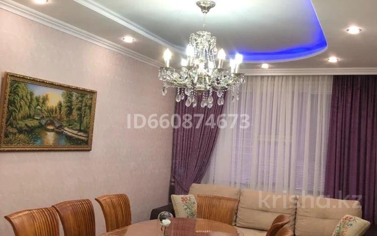 4-комнатная квартира, 92 м², 4/5 этаж, 13-й мкр, 13 мкр 2 за 24 млн 〒 в Актау, 13-й мкр