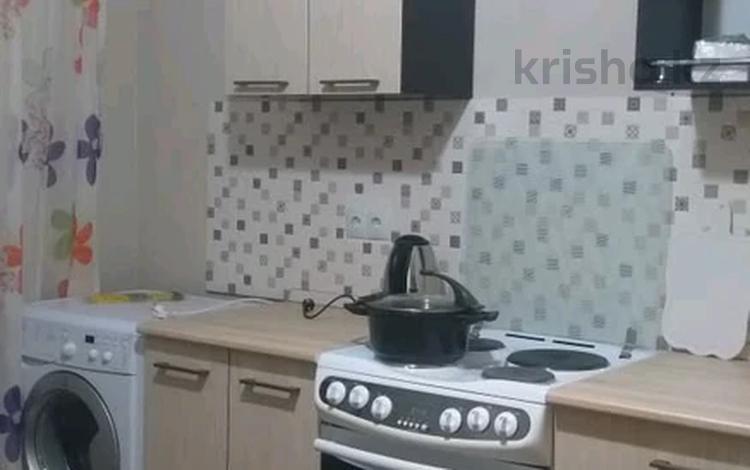 1-комнатная квартира, 40 м² помесячно, Е49 55 за 110 000 〒 в Нур-Султане (Астана), Есиль р-н