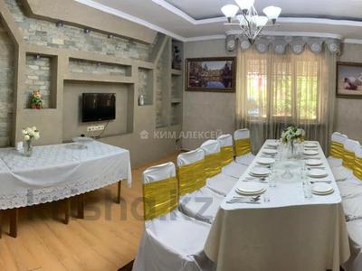 5-комнатный дом посуточно, 250 м², 8 сот., Ашимова 124 — Елибаева за 60 000 〒 в Алматы, Наурызбайский р-н