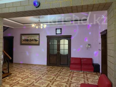 5-комнатный дом посуточно, 250 м², 8 сот., Ашимова 124 — Елибаева за 60 000 〒 в Алматы, Наурызбайский р-н — фото 10