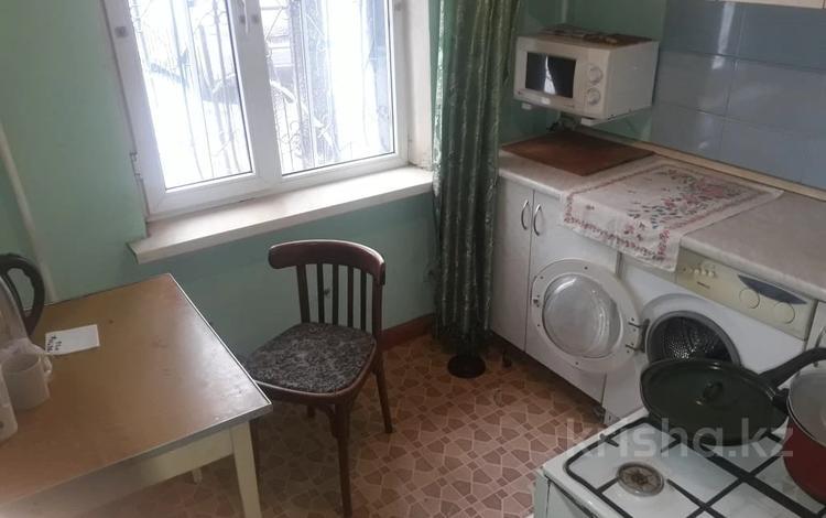 2-комнатная квартира, 44 м², 1/5 этаж, мкр Аксай-2А, Елемесова — Саина за 16.5 млн 〒 в Алматы, Ауэзовский р-н