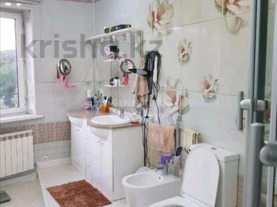 7-комнатный дом помесячно, 520 м², 18 сот., мкр Каменское плато за 1.5 млн 〒 в Алматы, Медеуский р-н — фото 11