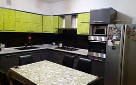 7-комнатный дом помесячно, 280 м², 8 сот., Турксибский р-н, мкр Кайрат за 600 000 〒 в Алматы, Турксибский р-н