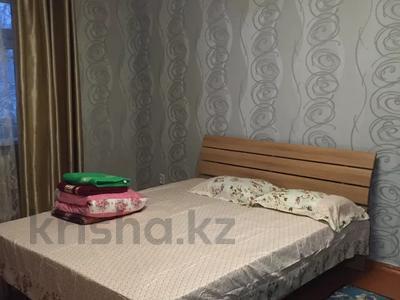 1-комнатная квартира, 30 м², 2/4 этаж по часам, Аибергенова 8 — Республики за 1 500 〒 в Шымкенте, Аль-Фарабийский р-н — фото 3