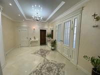 4-комнатная квартира, 169 м², 9/10 этаж, Аманжолова 24 за 100 млн 〒 в Нур-Султане (Астане), Алматы р-н