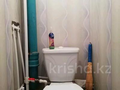 2-комнатная квартира, 50 м², 5/6 этаж, Камзина 24 за 4.8 млн 〒 в Аксу — фото 11