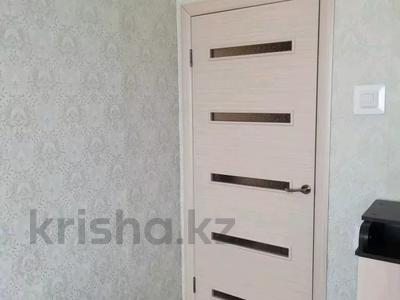 2-комнатная квартира, 50 м², 5/6 этаж, Камзина 24 за 4.8 млн 〒 в Аксу — фото 5