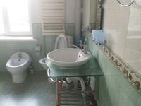 8-комнатный дом помесячно, 170 м², 14 сот.