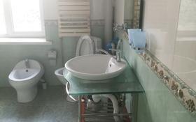 8-комнатный дом помесячно, 170 м², 14 сот., улица Ак Жайык 24 за 150 000 〒 в Каскелене