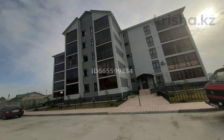 2-комнатная квартира, 73 м², 3/5 этаж, 15-й микрорайон, 15-й микрорайон 1/2 — Жибек жолы за 26.5 млн 〒 в Шымкенте, Енбекшинский р-н