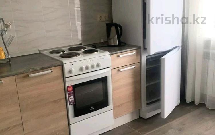 1-комнатная квартира, 40 м², 3/9 этаж, Кошкарбаева 37 за 16.2 млн 〒 в Нур-Султане (Астана), Алматы р-н