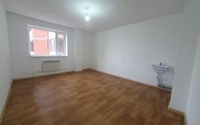 2-комнатная квартира, 60 м², 12/16 этаж помесячно, Бауыржан Момышулы 28 за 50 000 〒 в Караганде, Казыбек би р-н