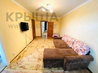 2-комнатная квартира, 50 м², 3/5 этаж посуточно, Авангард-4 за 10 000 〒 в Атырау, Авангард-4
