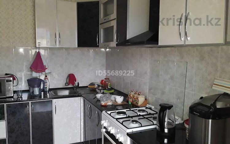 6-комнатный дом, 250 м², 8 сот., Коктем 67 — Коктем за 18 млн 〒 в Баскудуке