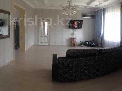 5-комнатный дом, 250 м², 10 сот., Байтурсынова 2а за 67 млн 〒 в Косшы — фото 2