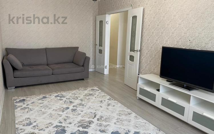 1-комнатная квартира, 45 м², 11/22 этаж на длительный срок, проспект Мангилик Ел 54 за 165 000 〒 в Нур-Султане (Астане), Есильский р-н