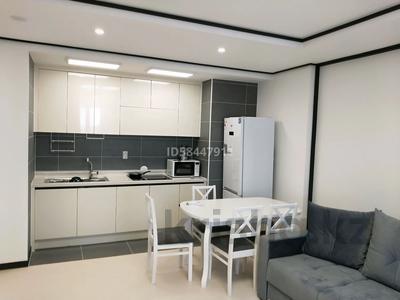 2-комнатная квартира, 55 м², 17 этаж посуточно, Кабанбай батыра 47 за 15 000 〒 в Нур-Султане (Астана), Есиль р-н