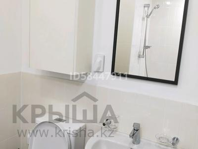 2-комнатная квартира, 55 м², 17 этаж посуточно, Кабанбай батыра 47 за 15 000 〒 в Нур-Султане (Астана), Есиль р-н — фото 7